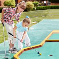 Kids-mini-golf200